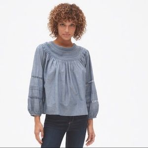 NWT Gap Embroidered Peasant Top
